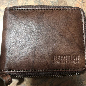Men's KENNETH COLE REACTION LEATHER ZIP WALLET